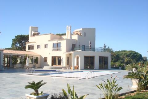 Golf Front Villa with Sea Views